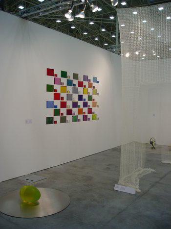 Maria-Morganti-stand-caterina-tognon-arte-contemporanea-Bologna-2010-2010