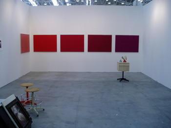 Maria-Morganti-stand-caterina-tognon-arte-contemporanea-Bologna-2011-2011